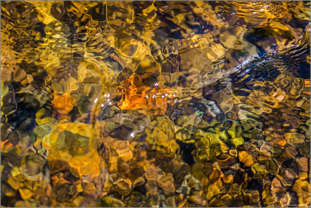 Magie de l'eau, du minéral et de la lumière.