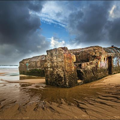 Mur de l'atlantique, vestiges à marée basse.