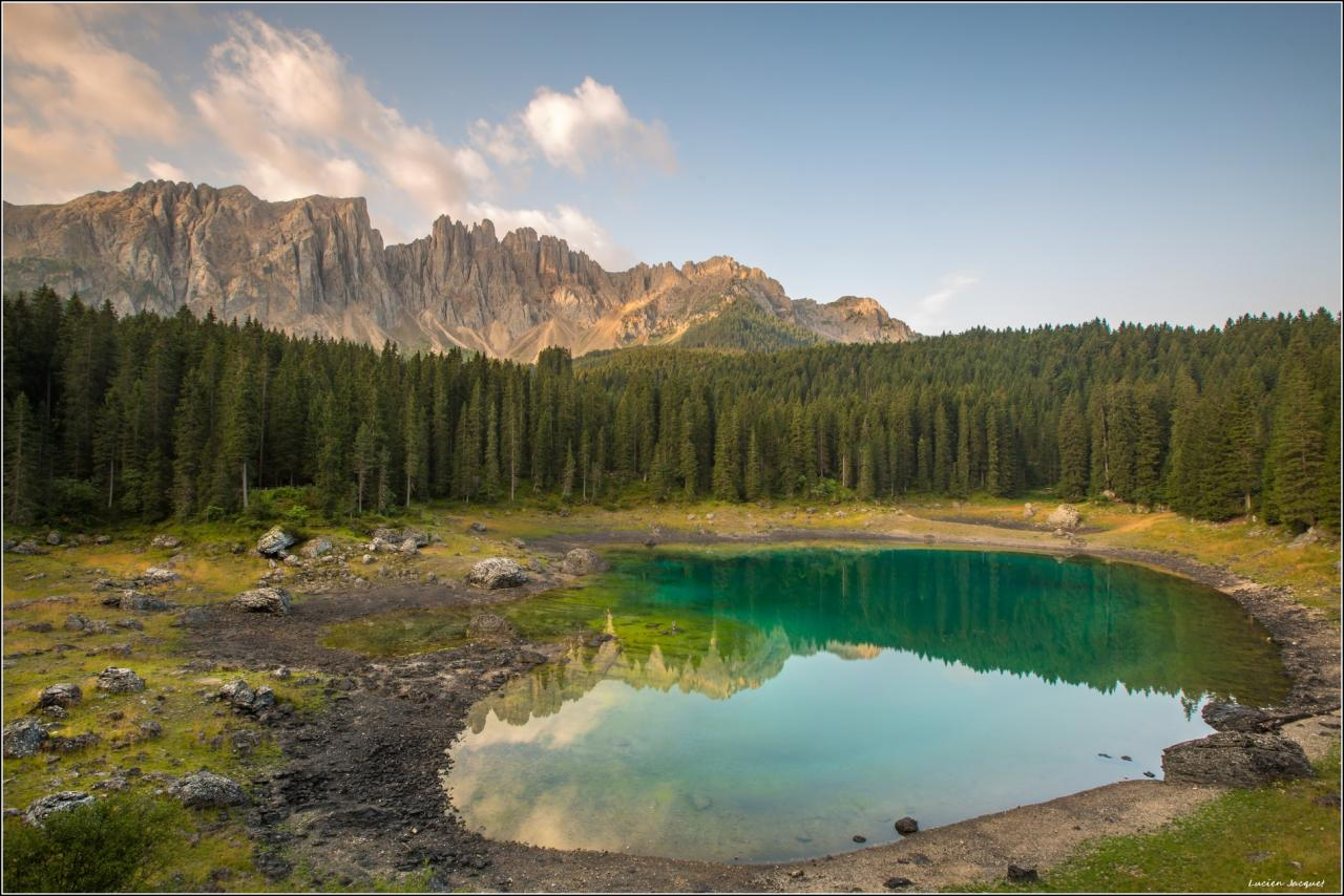Lago di Carreza, Dolomites , Italie