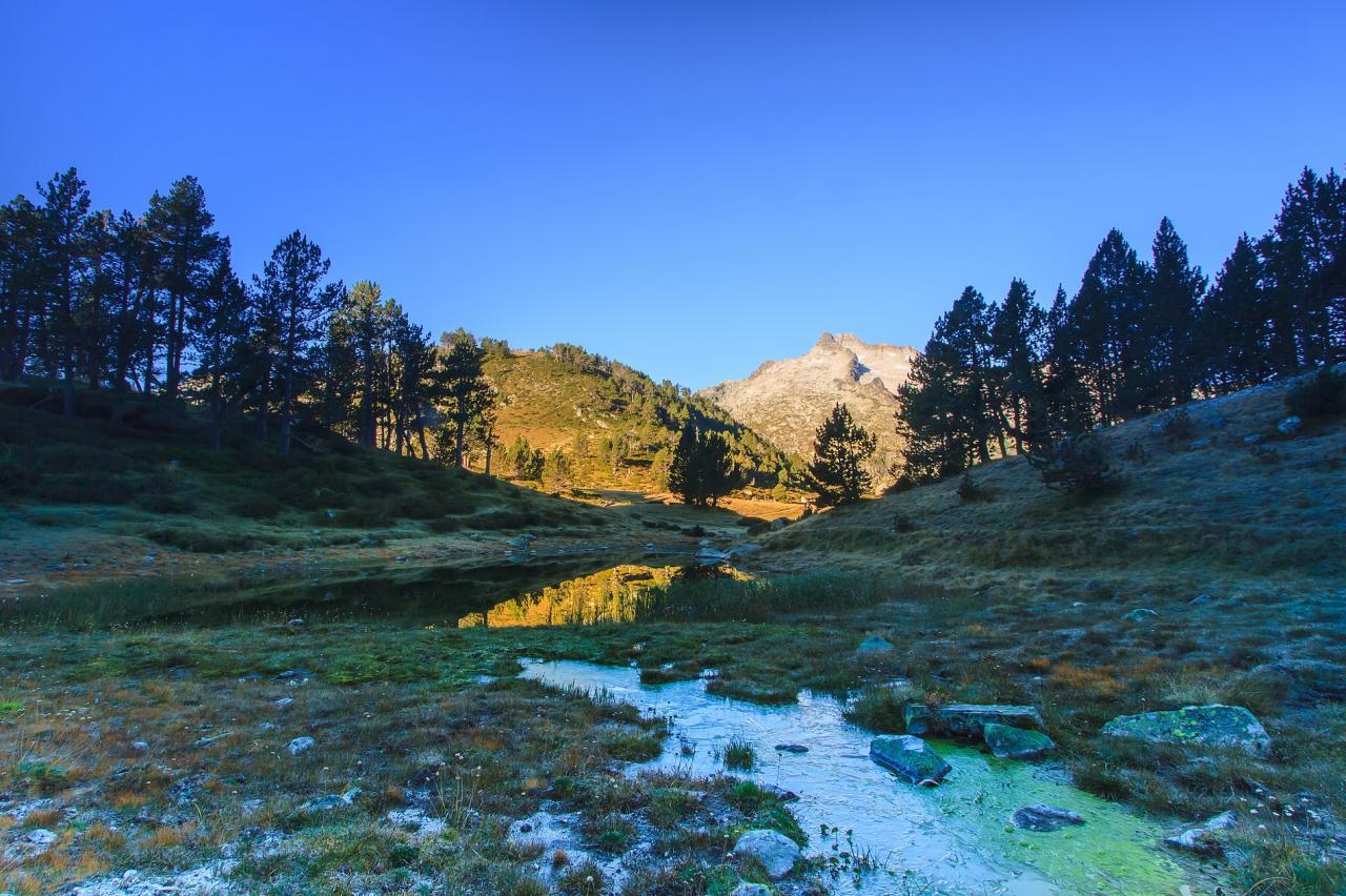 Froide matinée d'automne dans le massif du Néouvielle